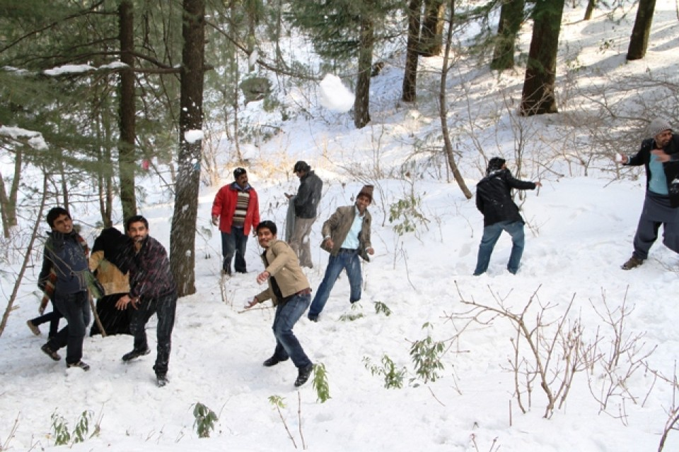 kashmir and murree winter adventure personal Buy kashmiri handicrafts online through ajktourscom search home online buying of the handicrafts of jammu & kashmir have kashmir sharda shrines in shepherds farmers and workmen all stave off the winter cold with warm wraps in.